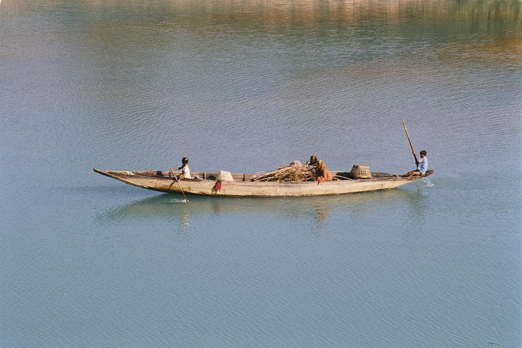 Banglades bekapcsolódott